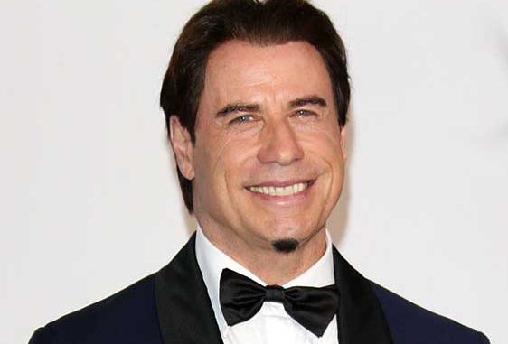 John-Travolta-photos-562x381