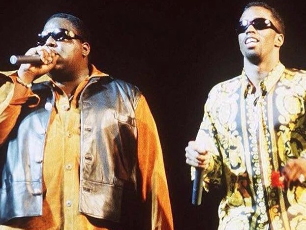 Biggie-Puff-Daddy-Performing-e1459359244530